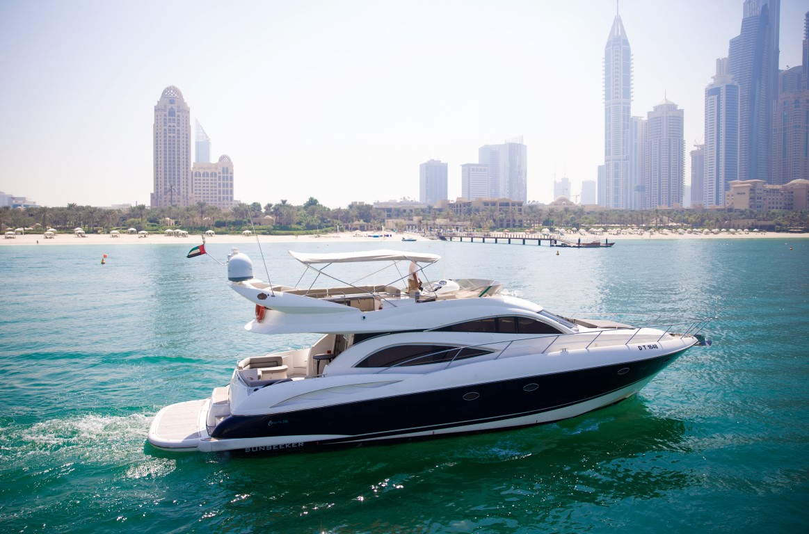 55ft day dream - Yachts Rental Dubai