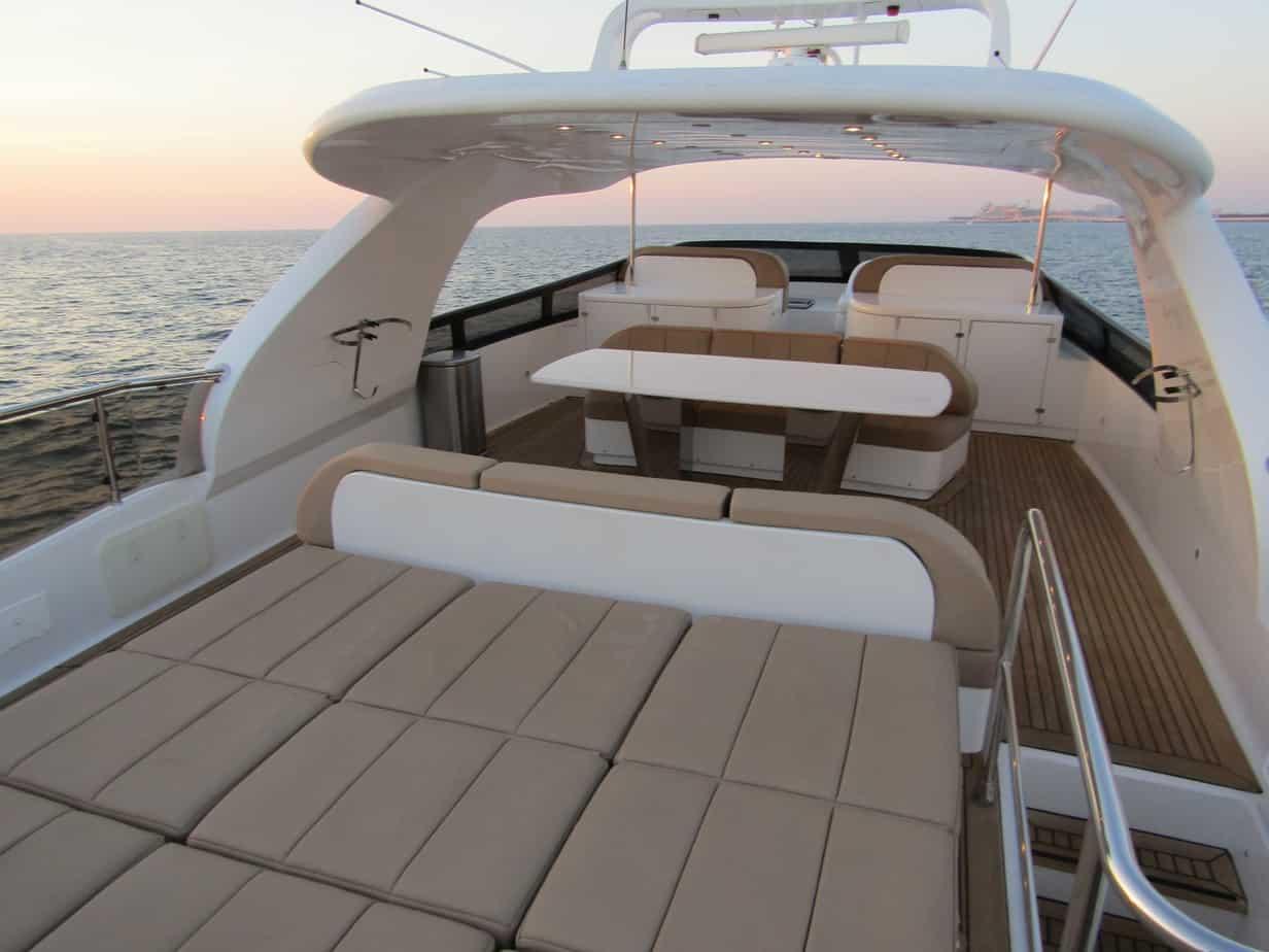 96 Ft - White versace Yacht Rental Dubai