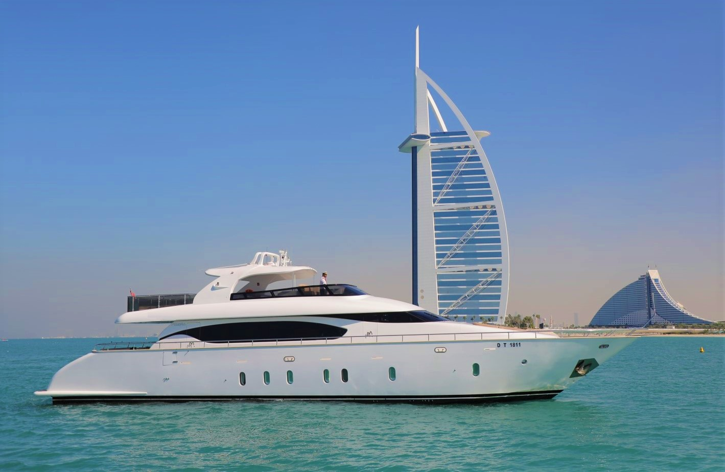 96 Ft - White versace Yacht Rental Dubai
