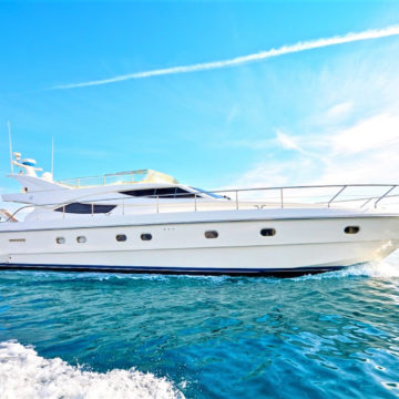 61 Ft Glamorous White Lady A Yachts Rental Dubai