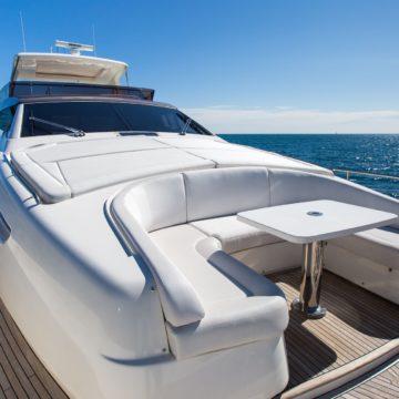 front deck - Queen-Stacey- yacht rentals dubai