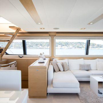 saloon 1 - Queen-Stacey- yacht rentals dubai
