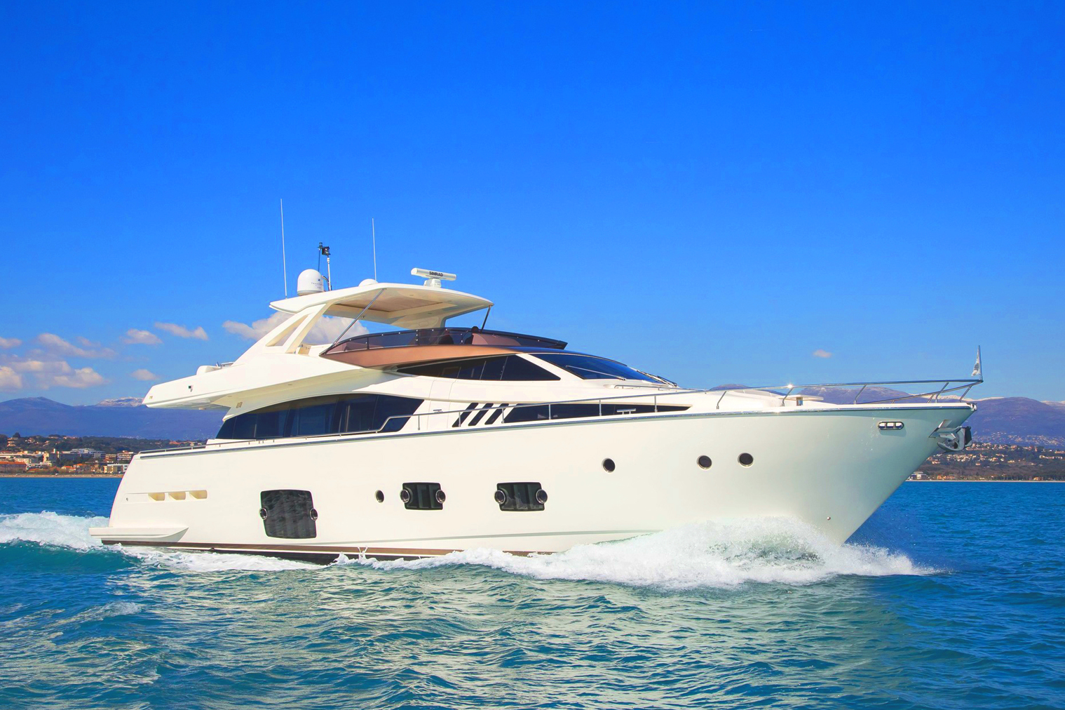 78 Ft – Queen Tracey Yacht