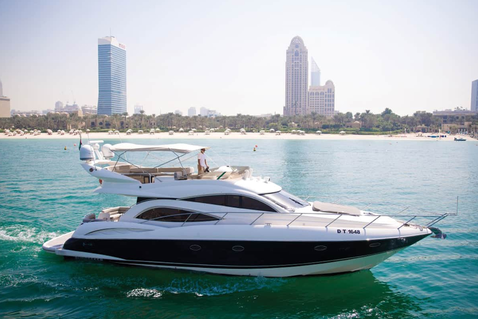 55ft day dream - Yachts Rental Dubai
